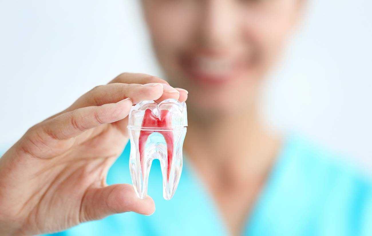 Лечение пульпита – это комплекс мер, которые направлены на нейтрализацию воспаления пульпы зуба